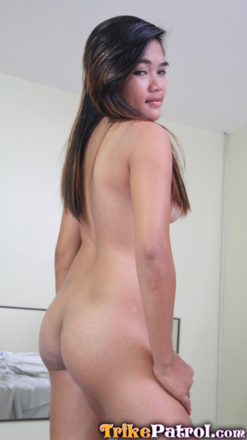 Beautiful asian hooker not ready for big load 5